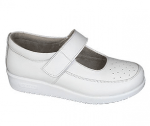 Orthopedic footwear for women